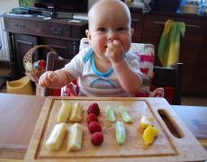 Bobas lubi jeść – czyli BLW i nie tylko